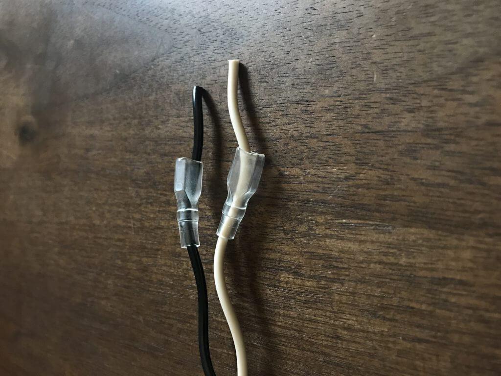 スピーカーケーブル Belden 8470 に絶縁チューブをかぶせたところ