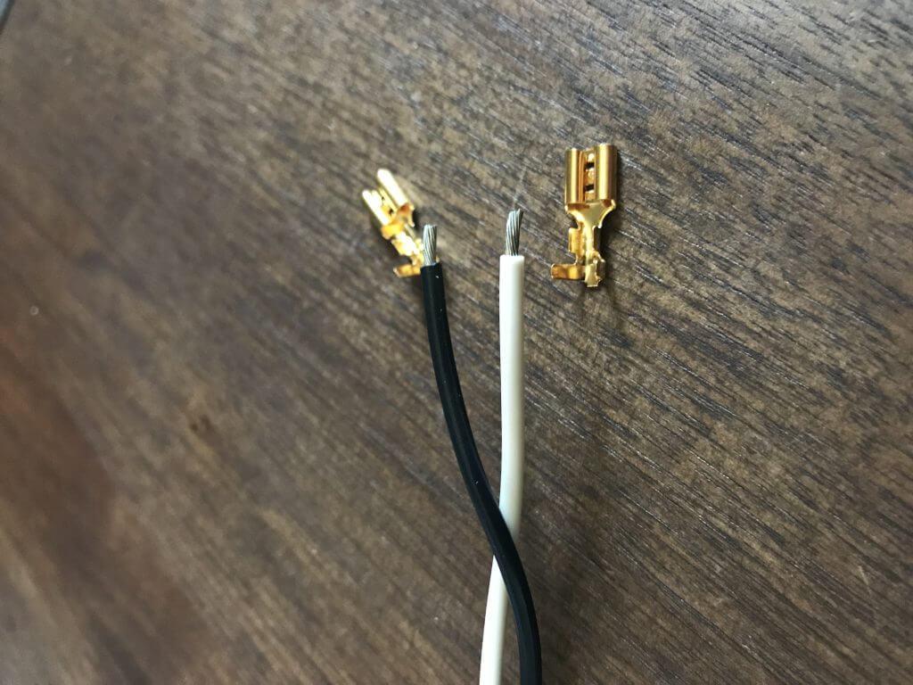 スピーカーケーブル (Belden 8470) と audio-technica TL205M